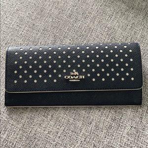 🎉 Coach Navy Polka Dot Wallet